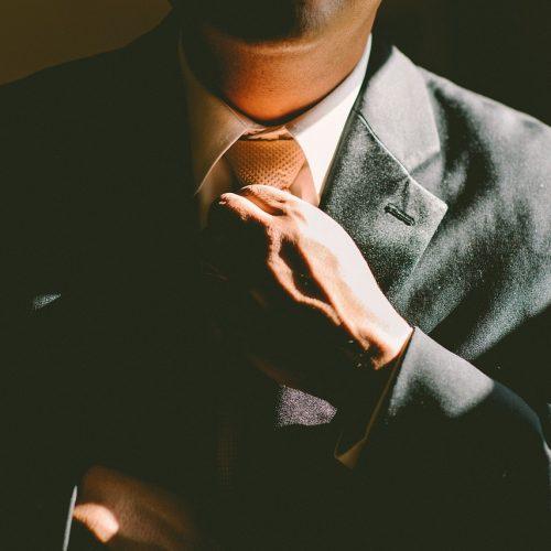 Stroje firmowe przedsiębiorców coraz częściej szyte na miarę