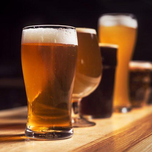 Jestem fatalny w dotrzymywaniu postanowień, zwłaszcza związanych z alkoholem